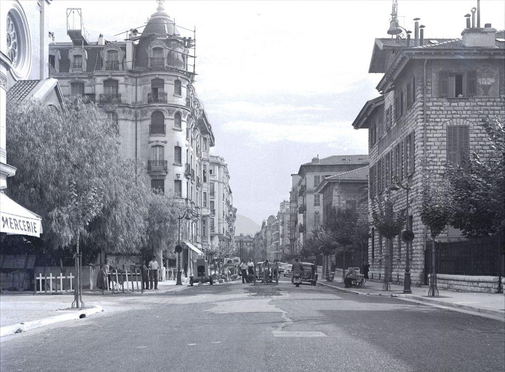 La rue Vernier en 1961, photographie noir et blanc