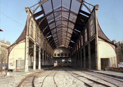 La halle de la gare du Sud désaffectée
